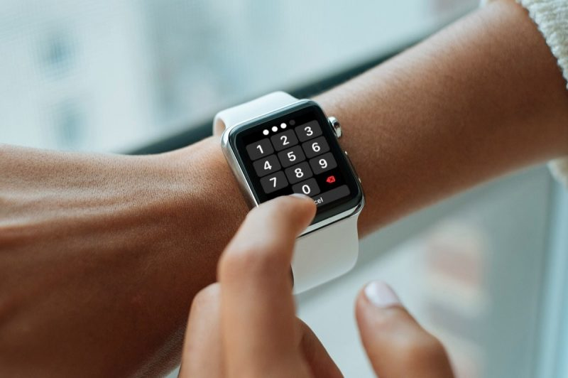 How to add a picture to your apple watch