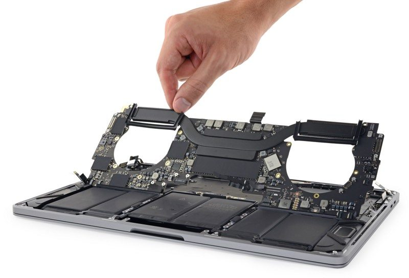 new arrival 3d519 c7575 2018 13-Inch MacBook Pro Teardown Finds Larger Battery, Redesigned ...