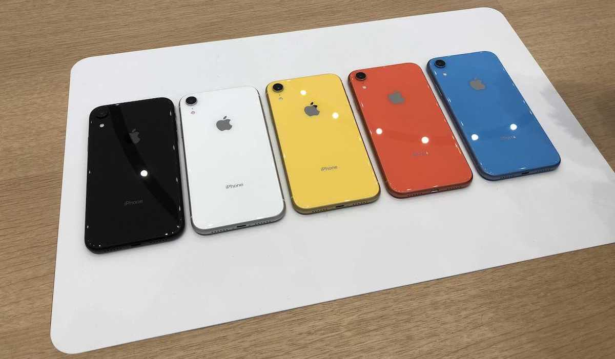 Iphone Xr Hands On Vibrant Colors Solid Camera Display And