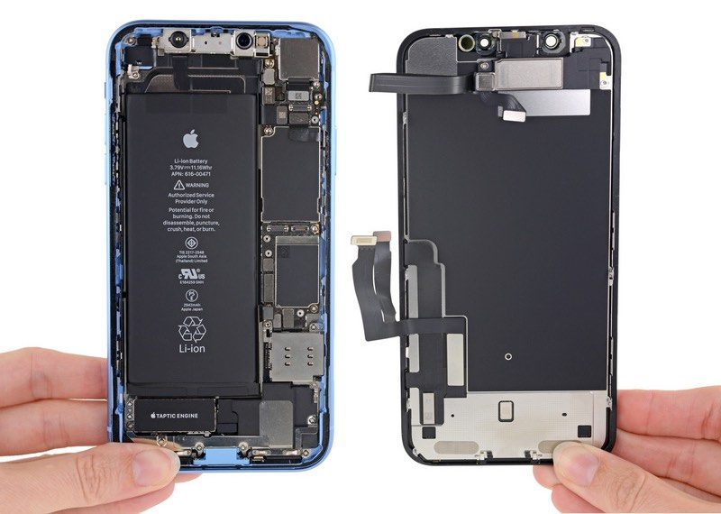 7784aac451 The internals of the iPhone XR look like a cross between an iPhone 8 and an  iPhone X