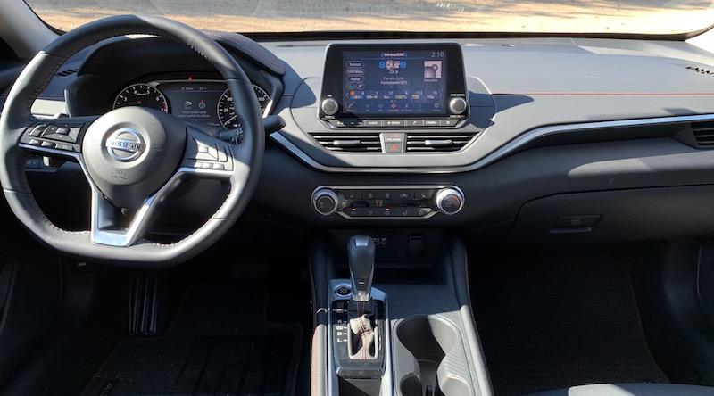 2019 Nissan Altima CarPlay Review - MacRumors