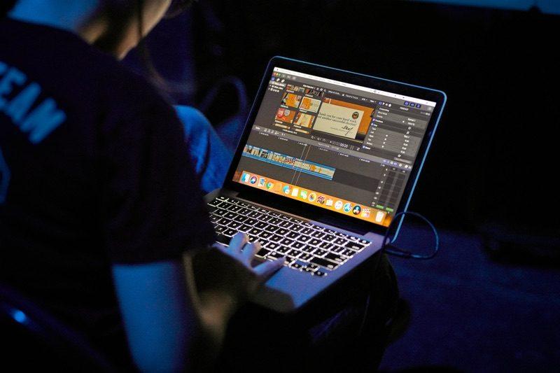 Apple Newsroom Arch Macrumors Mac Blog — VACA