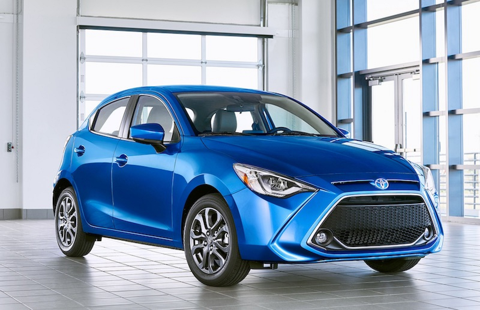 toyota continues carplay rollout with new 2020 yaris. Black Bedroom Furniture Sets. Home Design Ideas