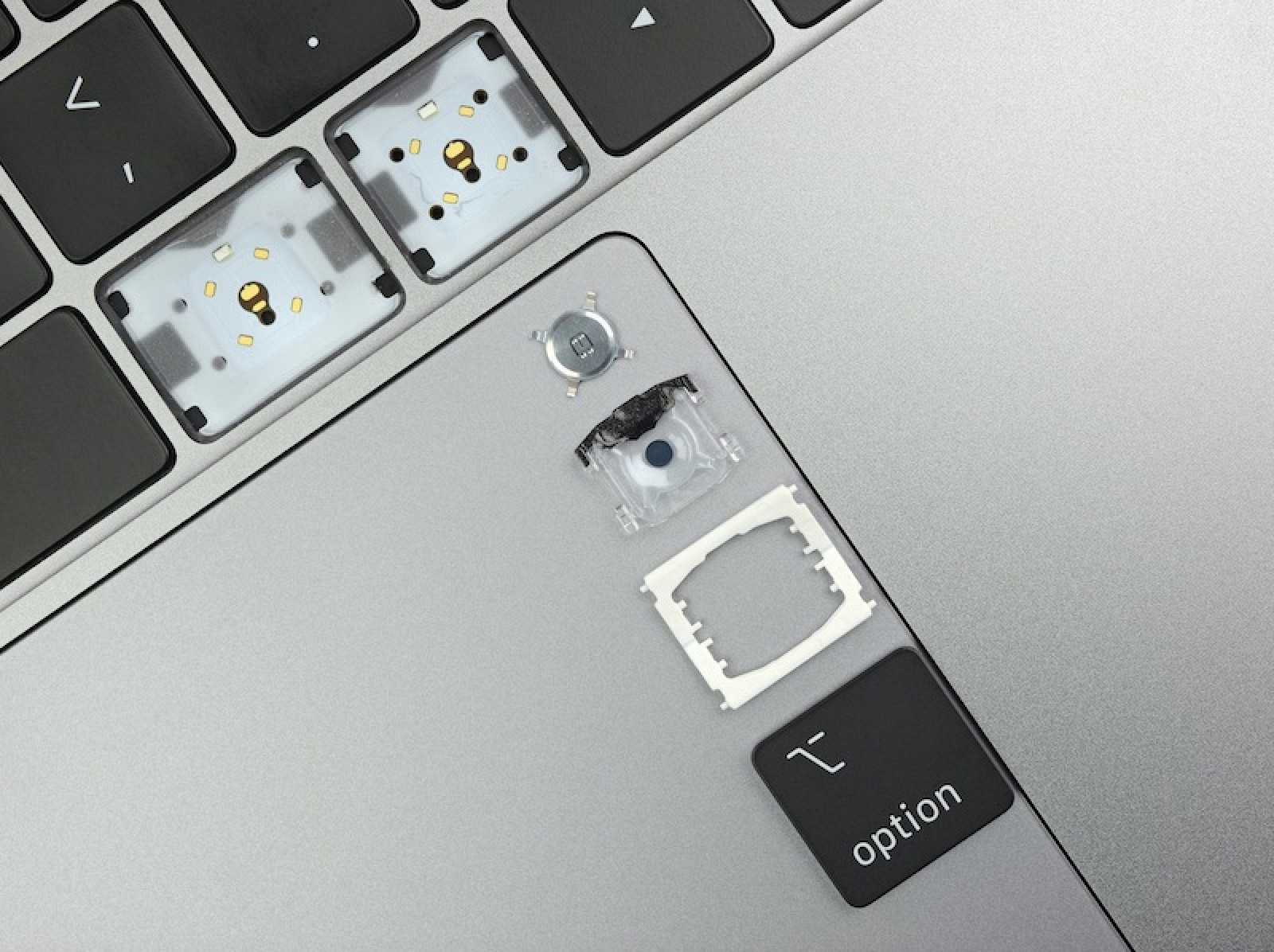 New MacBook Air and Base 13-Inch MacBook Pro Have Same Keyboard as