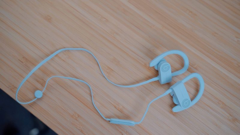 e16ee0dee50 The earhooks on the Powerbeats Pro seem durable and more sturdy compared to  the earhooks on the Powerbeats 3, and we didn't get the impression that  they're ...
