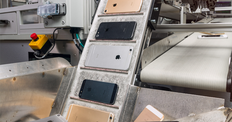Apple Reportedly Considering Moving Up to 30% of Production