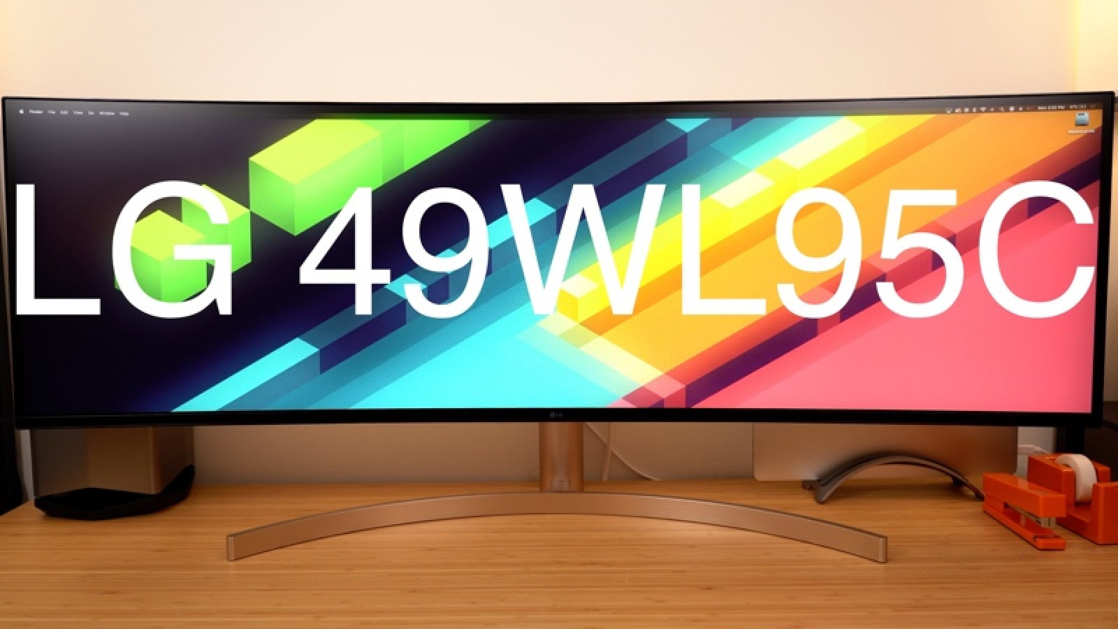 Hands-On With LG's Massive 5K 49-Inch $1,500 Display