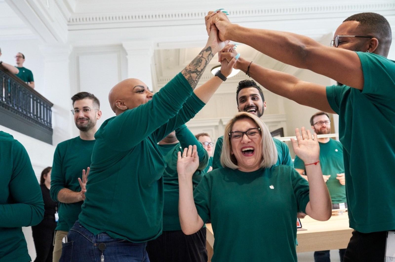 photo of Apple Touts U.S. Impact of 2.4 Million Jobs image